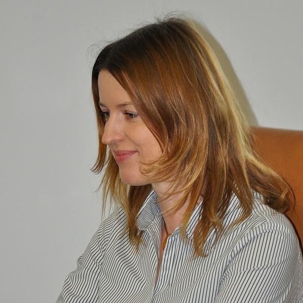 Iwona Komar - Dyrektor Administracyjny