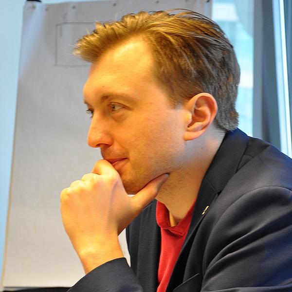 Paweł Płachecki - Inżynier ds. Bezpieczeństwa IT